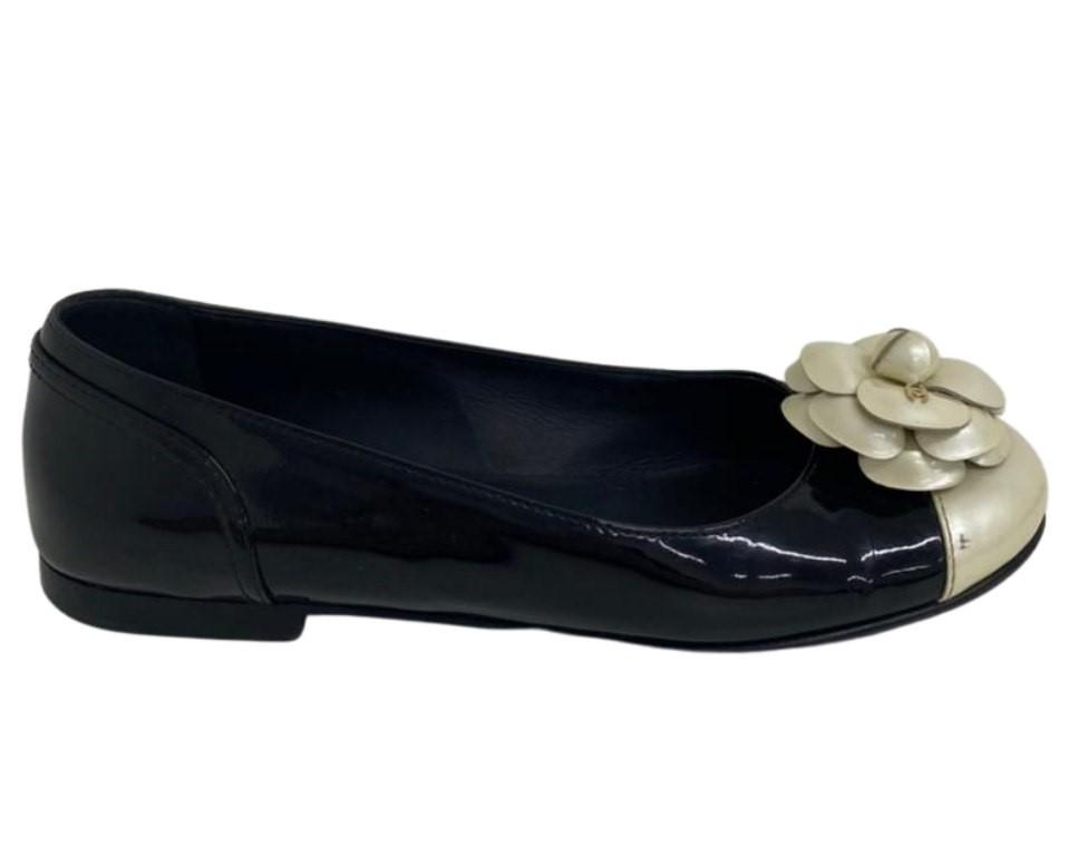 Sapatilha Chanel Camélia