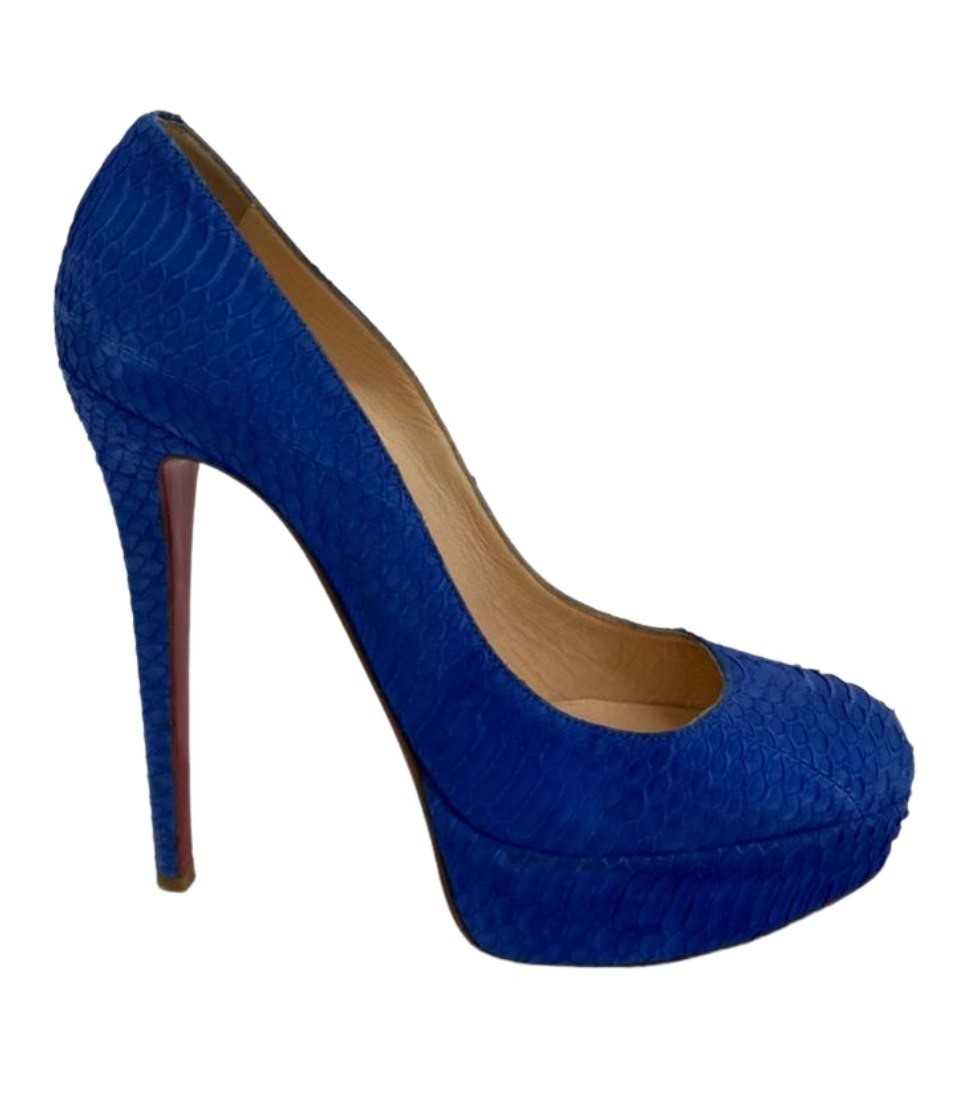 Sapato Louboutin Azul com Detalhes em Croco