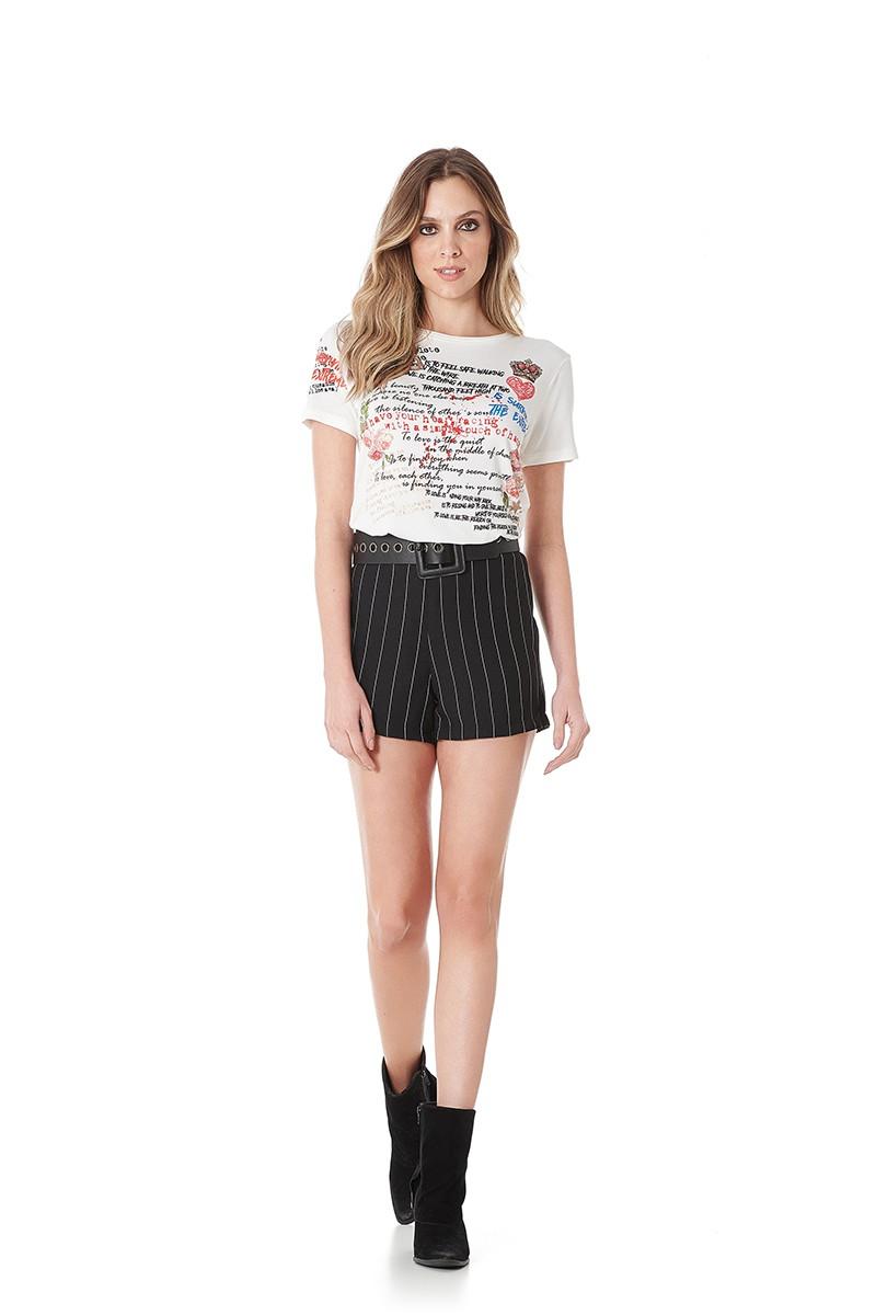 Shorts com listras alfaiataria