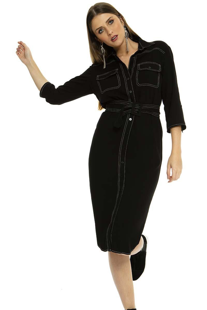 Vestido Midi preto com pesponto contrastante.
