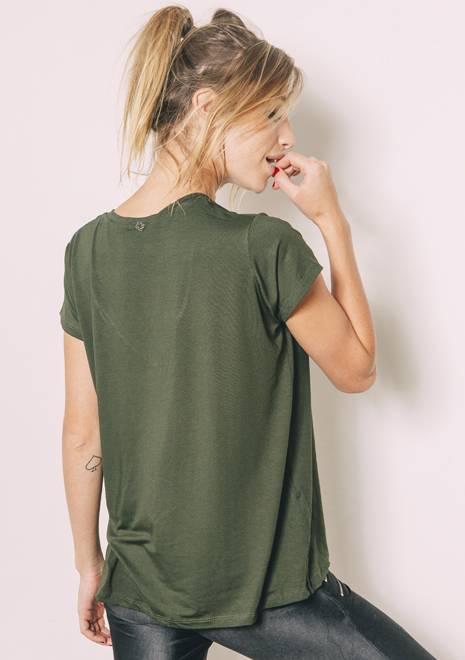 Camiseta Ampla Savage
