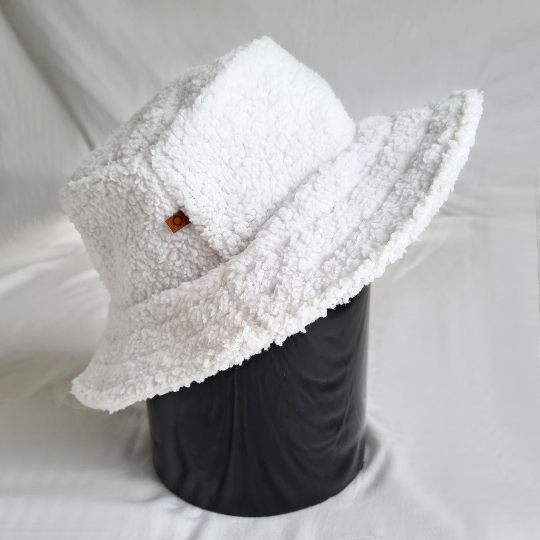 Hat Teddy White