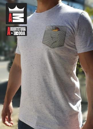 Camiseta Arquitetura da Moda estampa: Olha o Passarinho