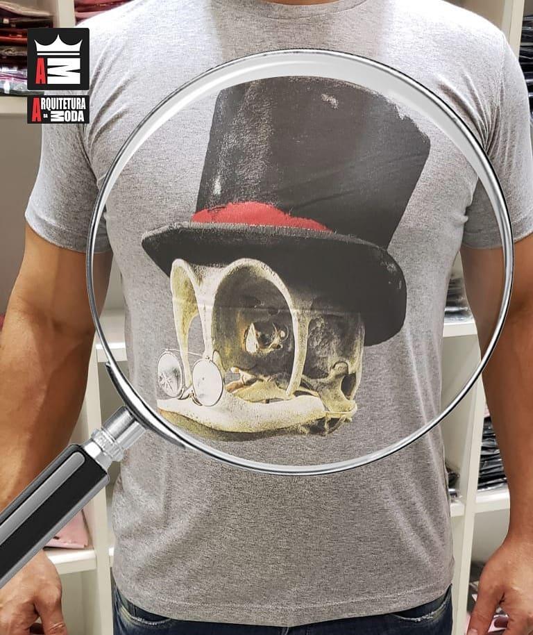 Camiseta Arquitetura da Moda estampa: Crânio  Patinhas