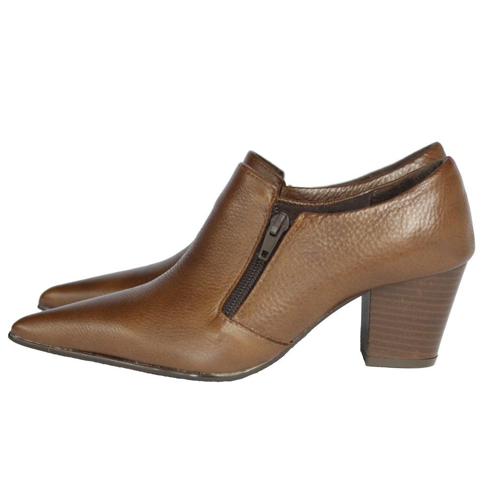 Sapato Social Feminino em Couro Salto Grosso 6 cm