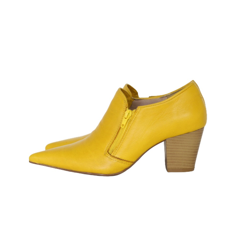 Sapato Social Feminino em Couro Salto Grosso 6 cm Amarelo