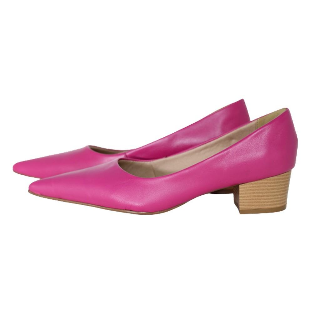 Scarpin Bico Fino em Couro Salto Grosso 4 cm Pink