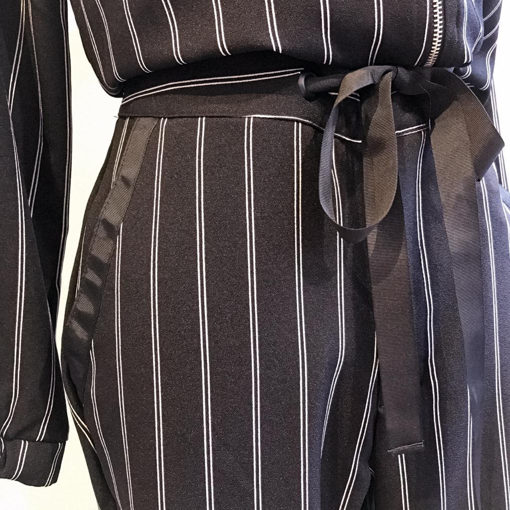 conjunto calça e jaqueta alfaiataria listras verticais