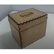 Caixa para caneca de mdf personalizada.