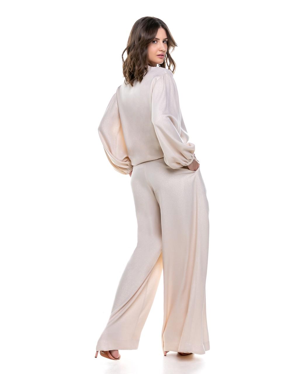 Calça Pantalona com Efeito Metalizado