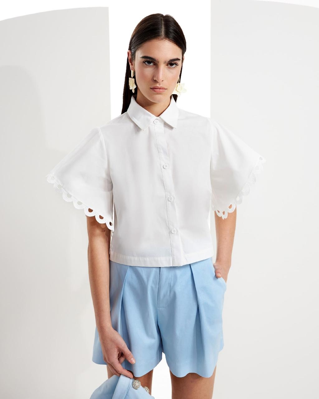 Camisa com Mangas Amplas
