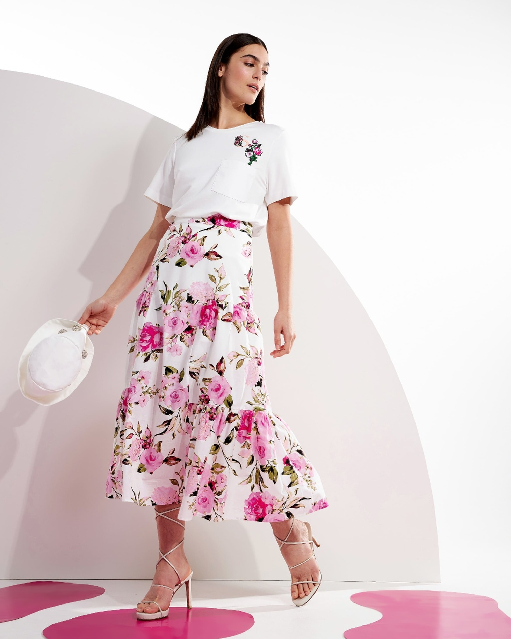 Saia Midi Floral com Recortes