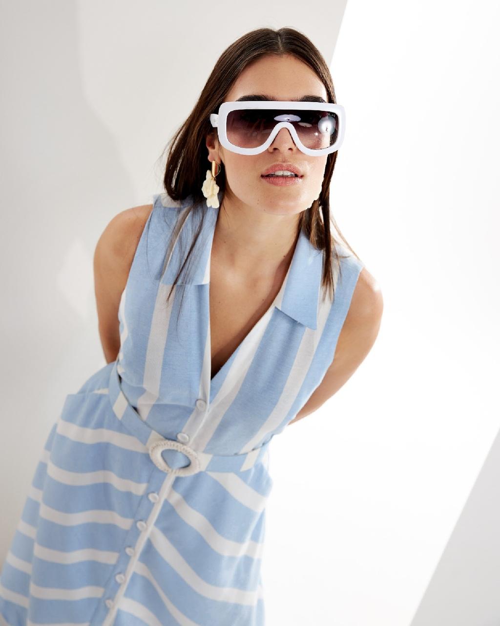 Vestido Midi Listrado com Cinto