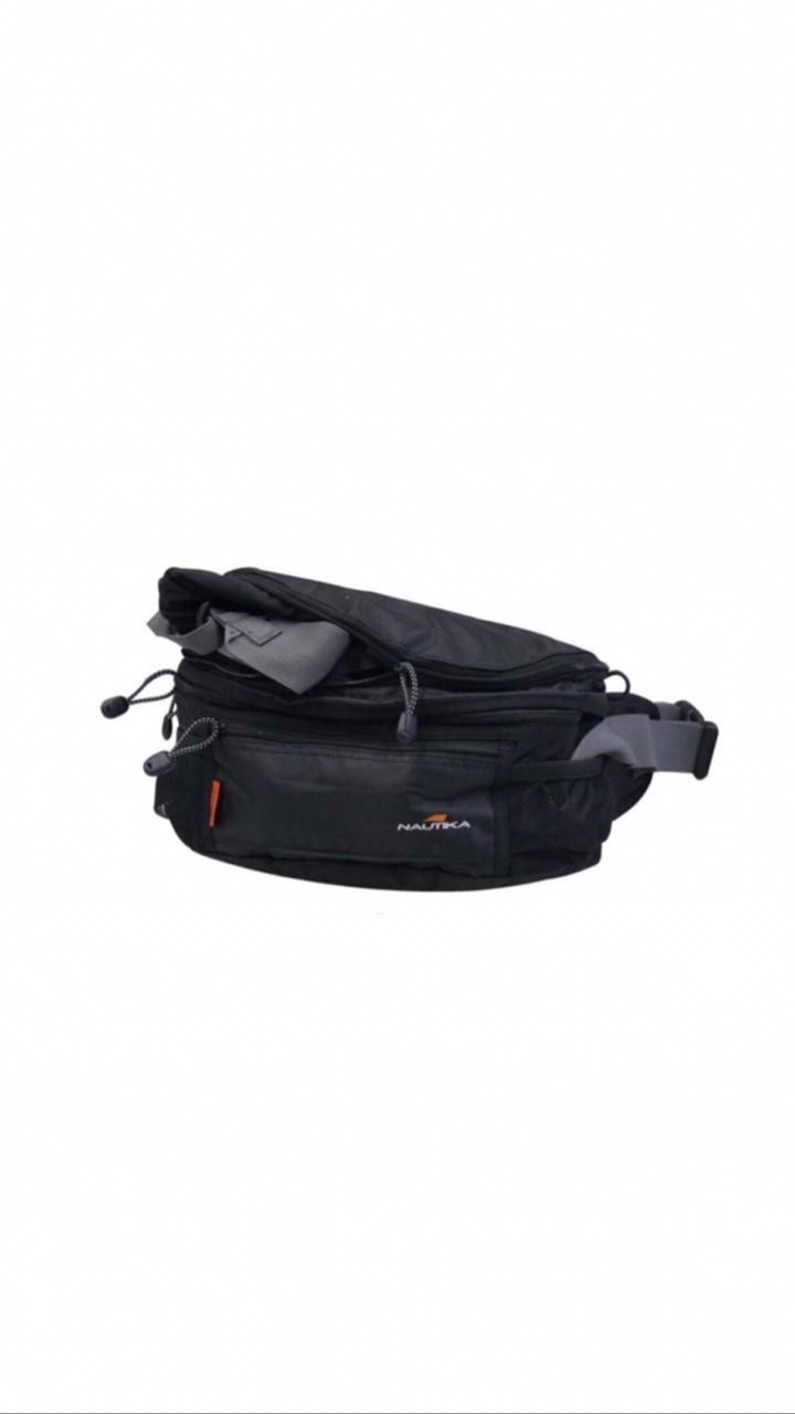 Pochete NTK que pode ser utilizada como mochila daypack com duplo acesso Smart