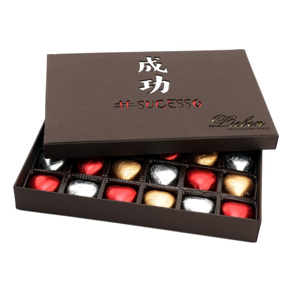 Caixa de Chocolate com Corações Recheados Presente Noivado