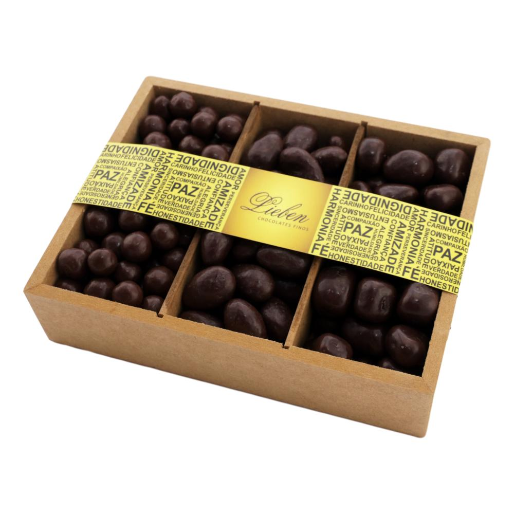Caixa de Madeira Drágea Crocante Amêndoa Banana e Passas 750g