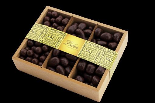 Caixa de Madeira Drágeas Crocante Banana Passas Presente
