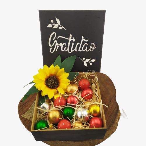 Caixa de Madeira Especial Gratidão Presente Chocolates Gourmet