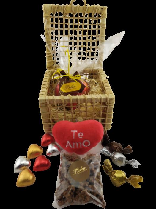 Caixa Palha Decorativa Chocolate Pelúcia Coração Aniversário