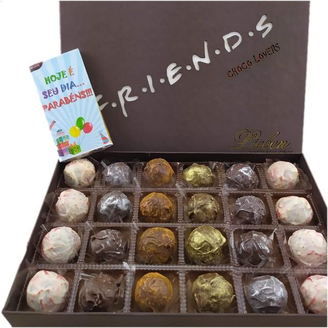 Caixa Super Premium Friends 24 Trufas Presente Aniversário