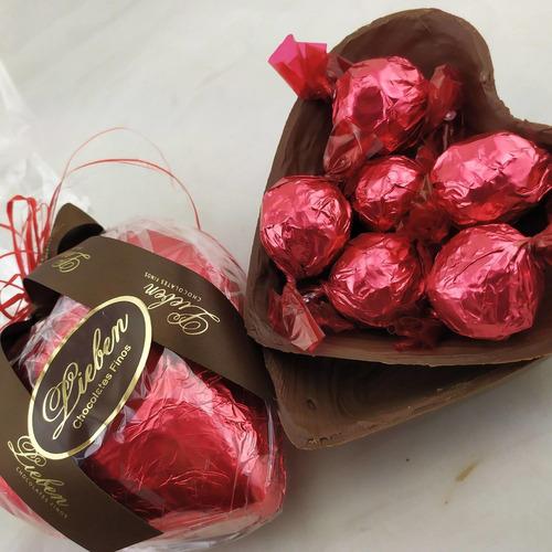 Coração Ao Leite 180g com bombons Hoje é Seu Dia Parabéns