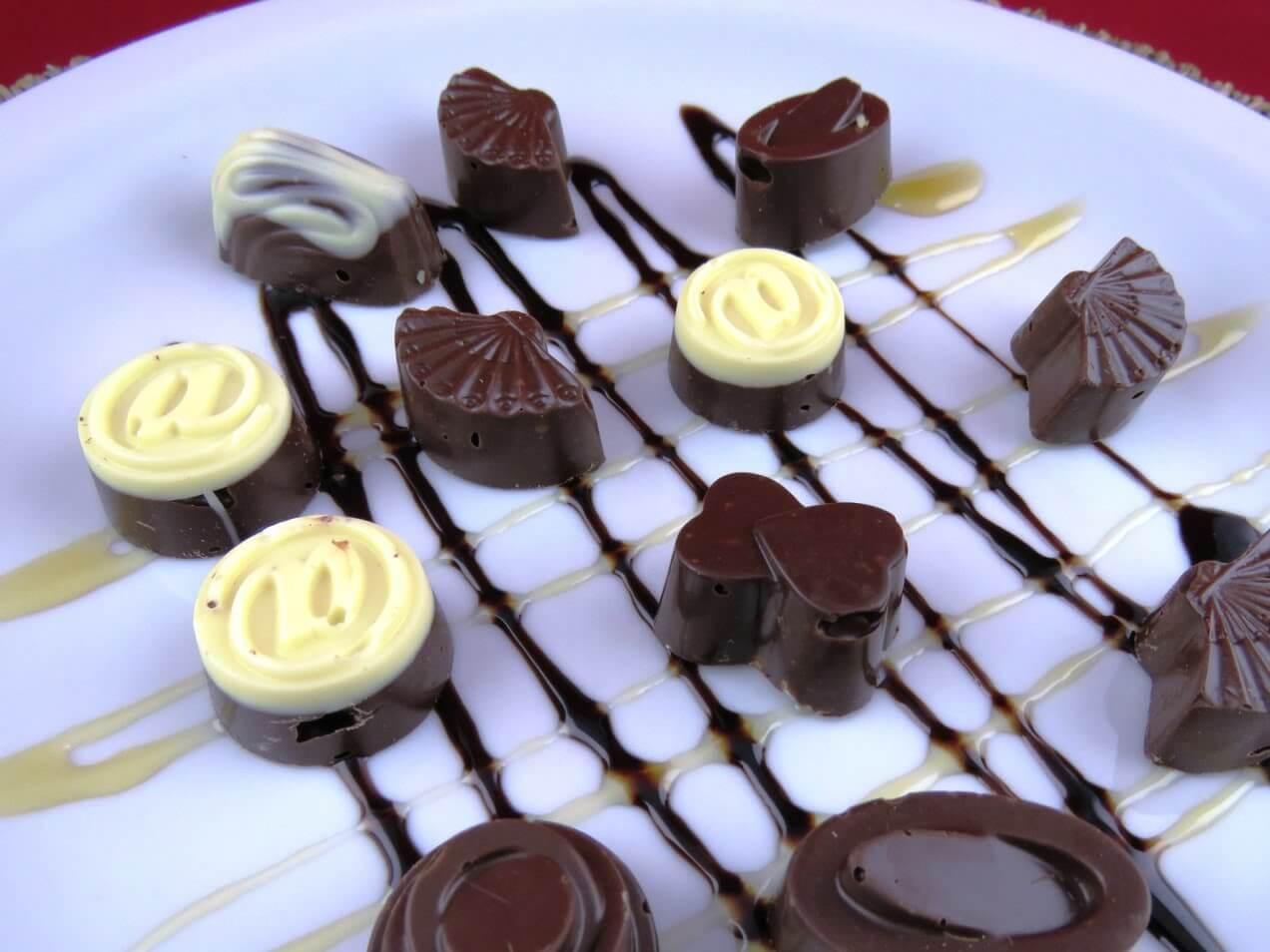 Presente Baú de Chocolate Especial Dia Das Mães Inesquecível