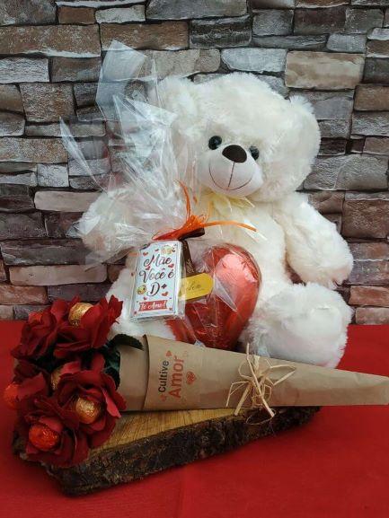 Urso Pelúcia Deslumbrante 50 cm Coração de Chocolate Presente Namorados Esposa Amantes Surpresa Maravilhosa