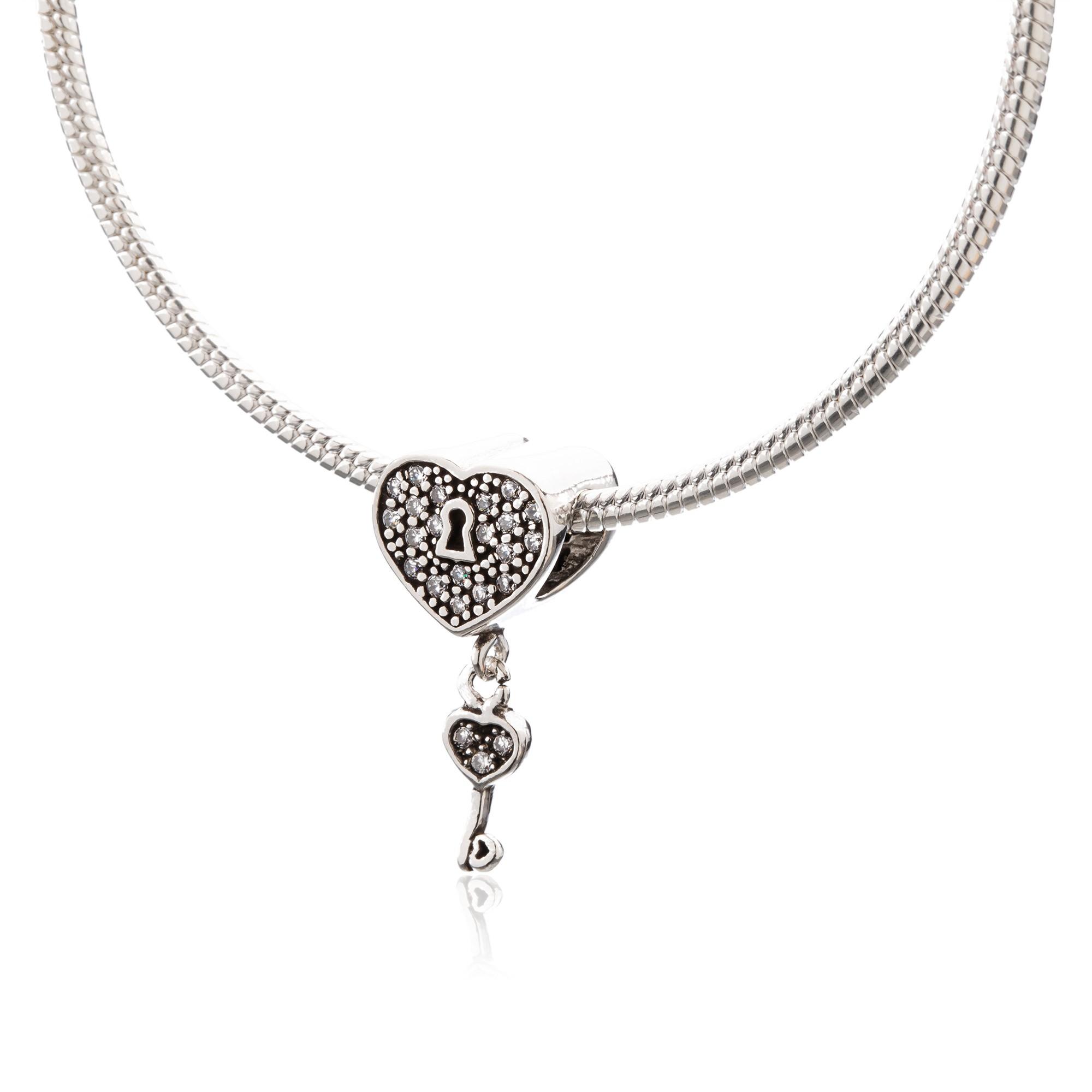 Berloque Coração e Chave com Zircônias em Prata 925