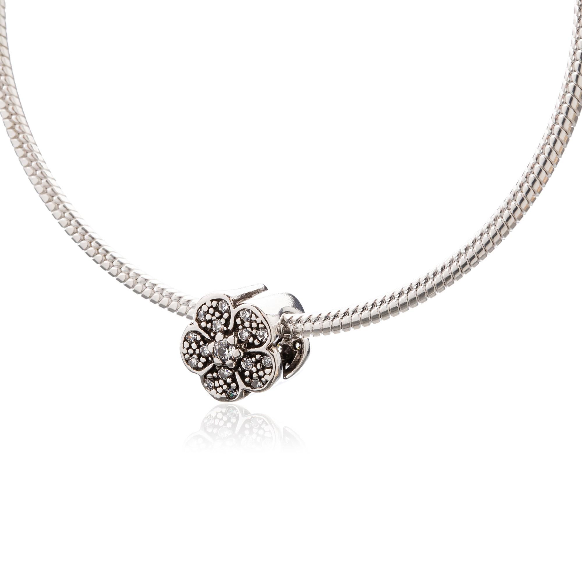 Berloque Flor com Zircônias em Prata 925
