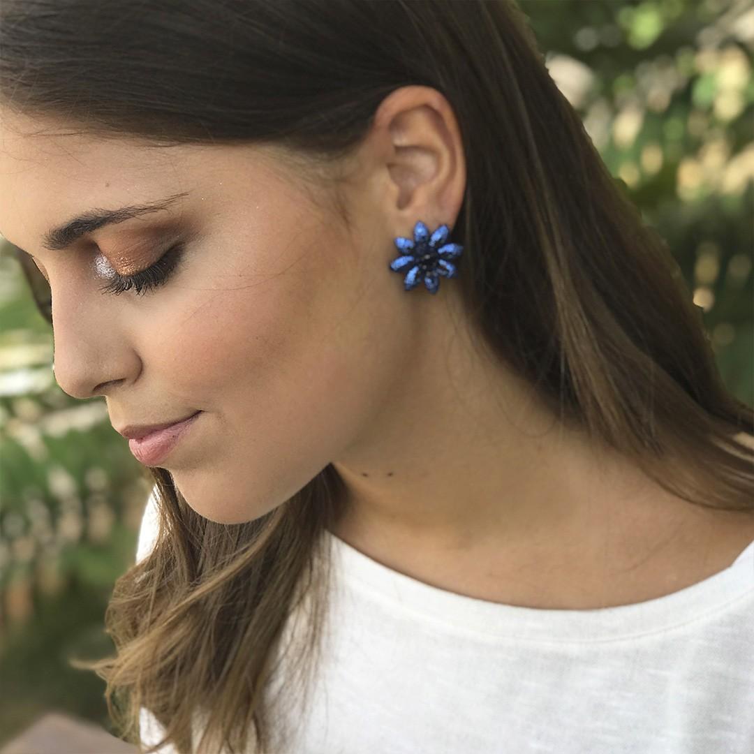 Brinco Flor de Zircônias Azul
