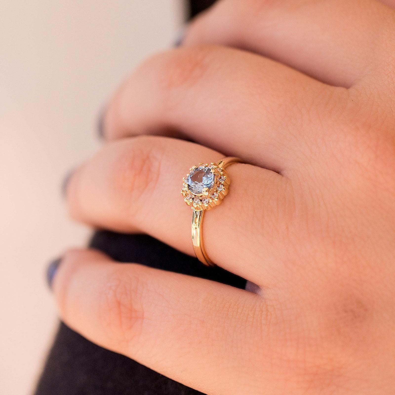 Anel com Pedra Azul Banhado à Ouro 18k Feminino