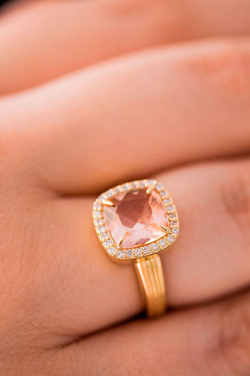 Anel de Pedra Rosê Morganita Banhado à Ouro 18k