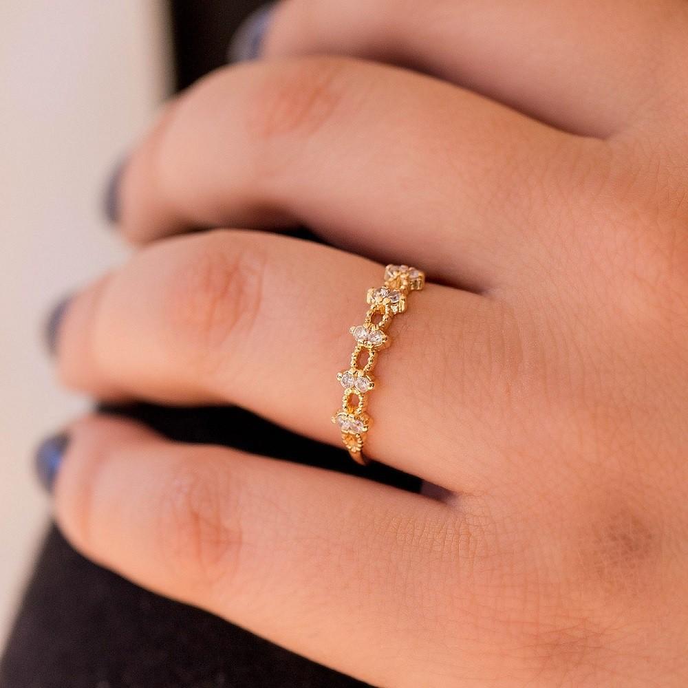 Anel Fino Dourado com Pedras Banhado a Ouro 18k