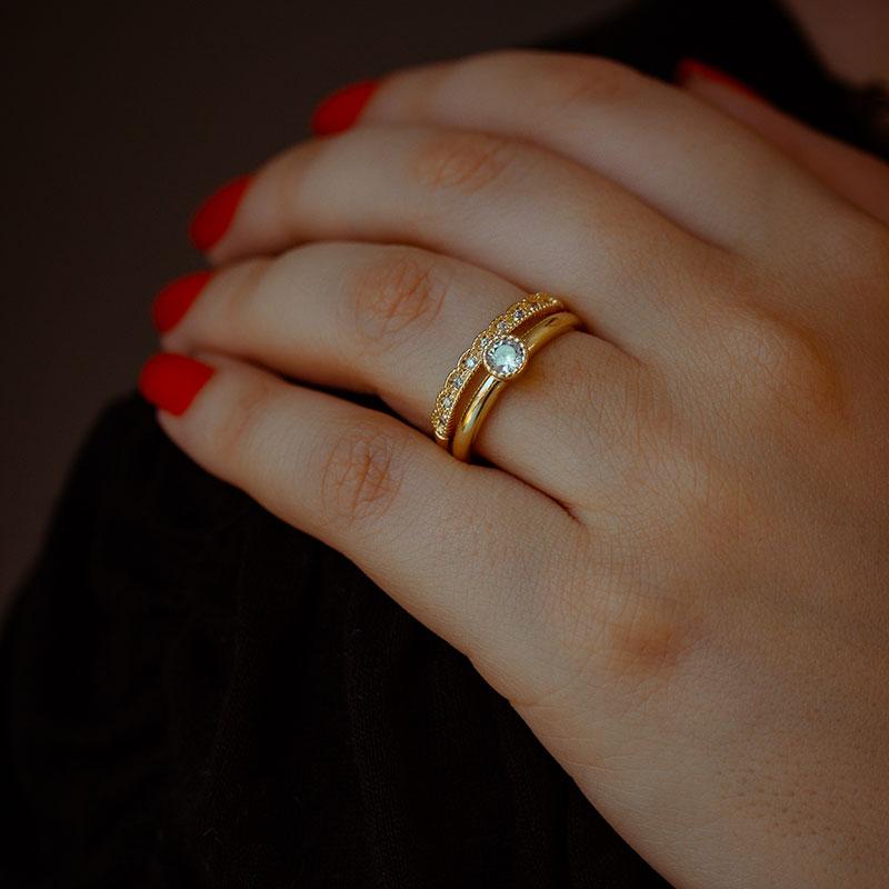 Anel solitário com aparador fixo delicado banhado a ouro 18k feminino