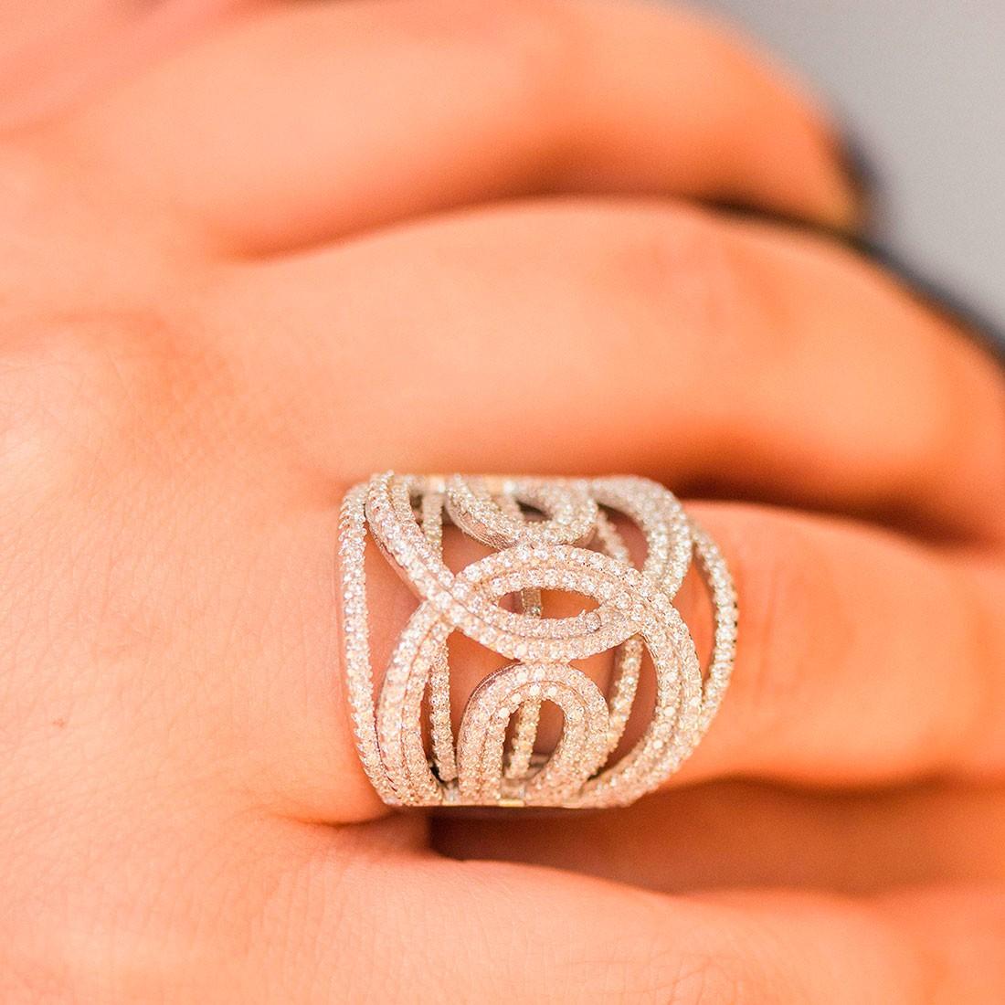 Kit de anel e brinco bordados de zircônias prata 925 com ródio branco feminino