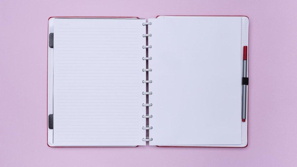 Caderno Inteligente Cereja Médio
