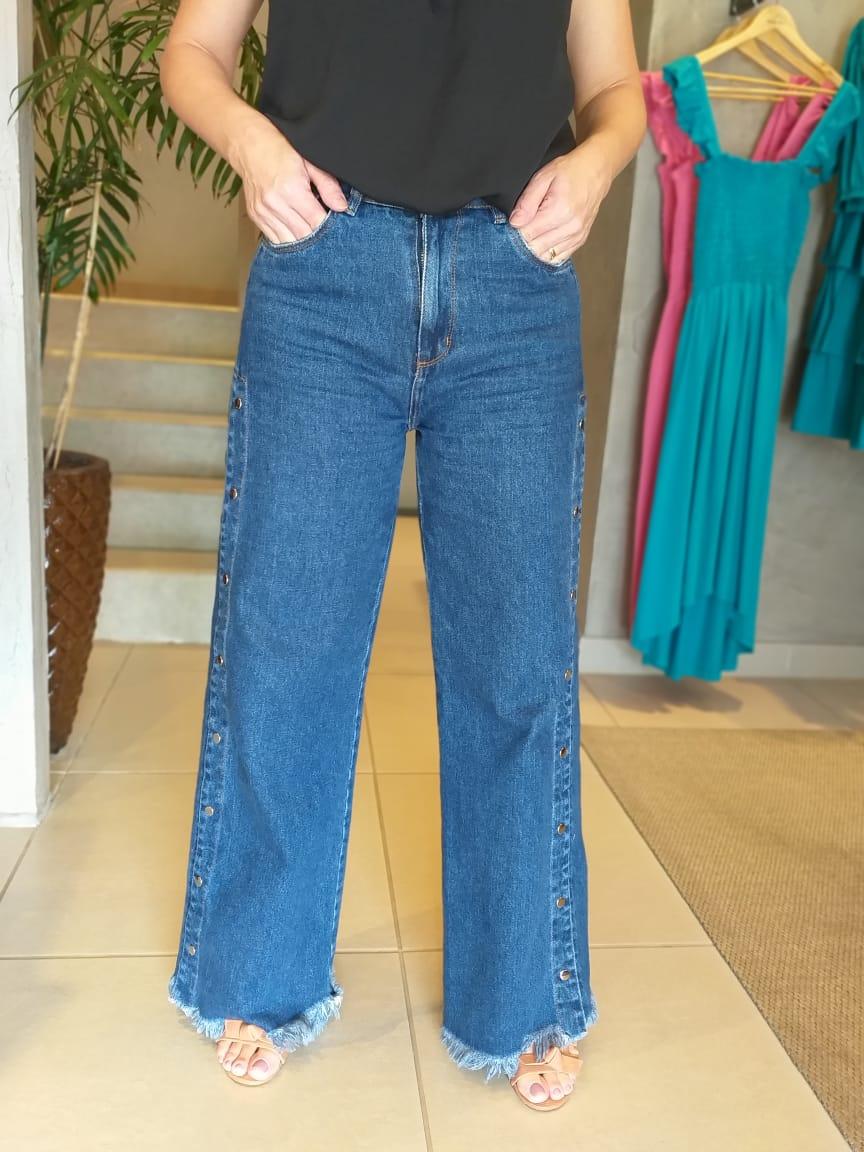 Jeans com Botões