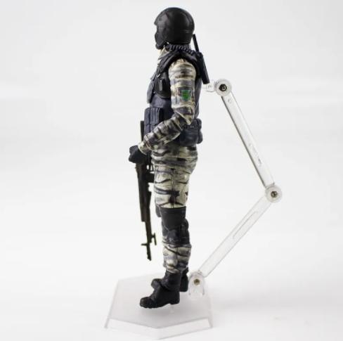 Action Figure Metal Gear Solid 2 Gurlukovich Soldado 298