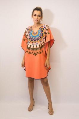 Vestido Kaftan Linho Bordada Fê Palazzo 22588 Tribos Coral Exclusivo