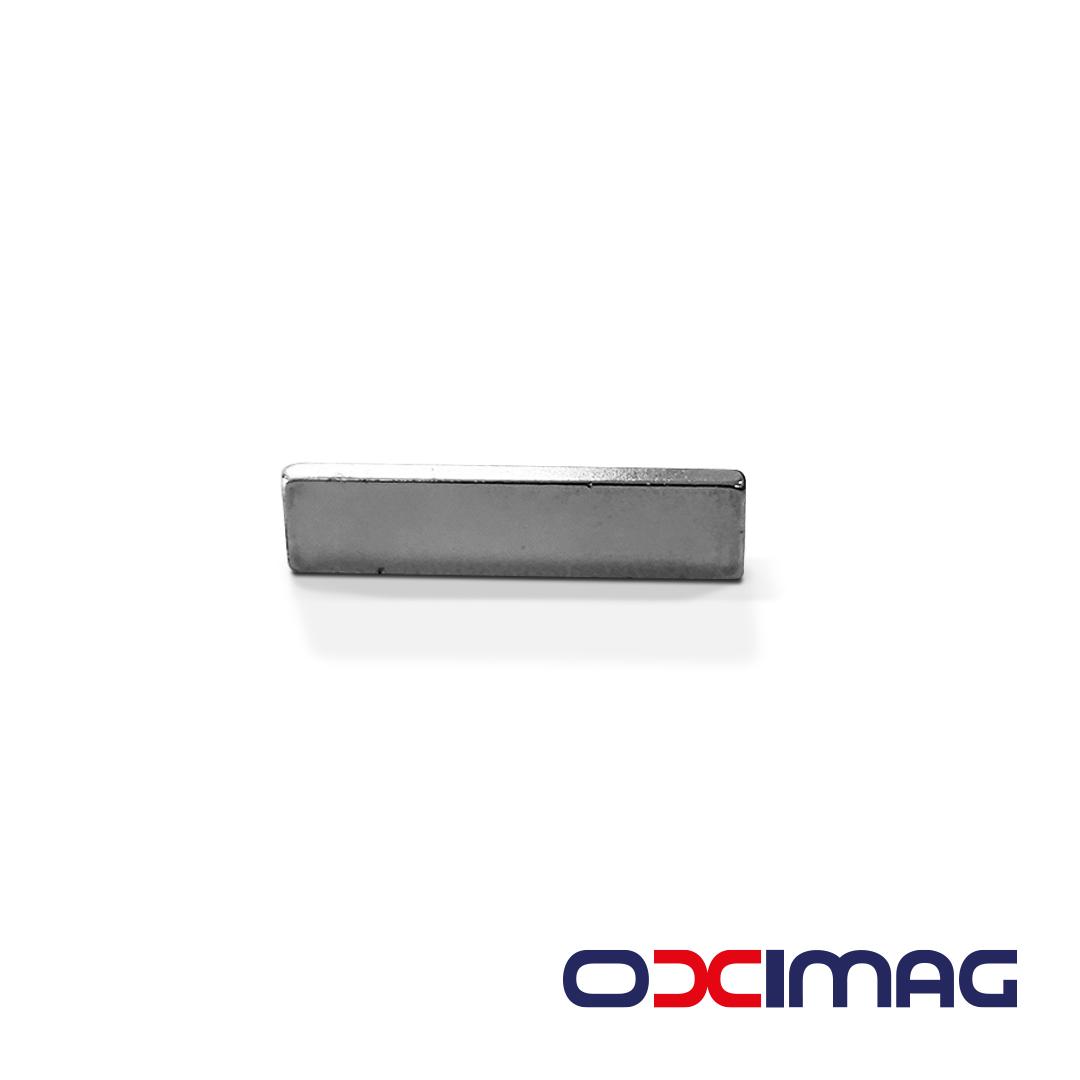 Ímã de Neodímio Bloco - 25 X 6 X 2  mm - N50