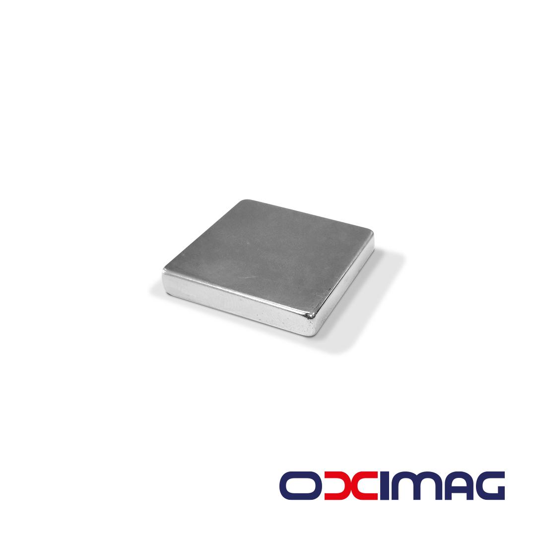 Ímã de Neodímio Bloco - 30 X 30 X 5 mm - N35