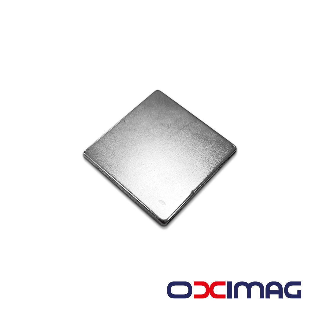 Ímã de Neodímio Bloco - 40 X 40 X 2 mm - N35