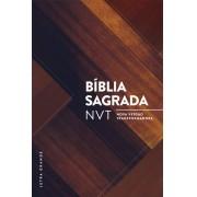 BIBLIA NVT LETRA GRANDE CP DURA - MADEIRA