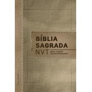 BIBLIA NVT LETRA NORMAL CP DURA - MC LINHO