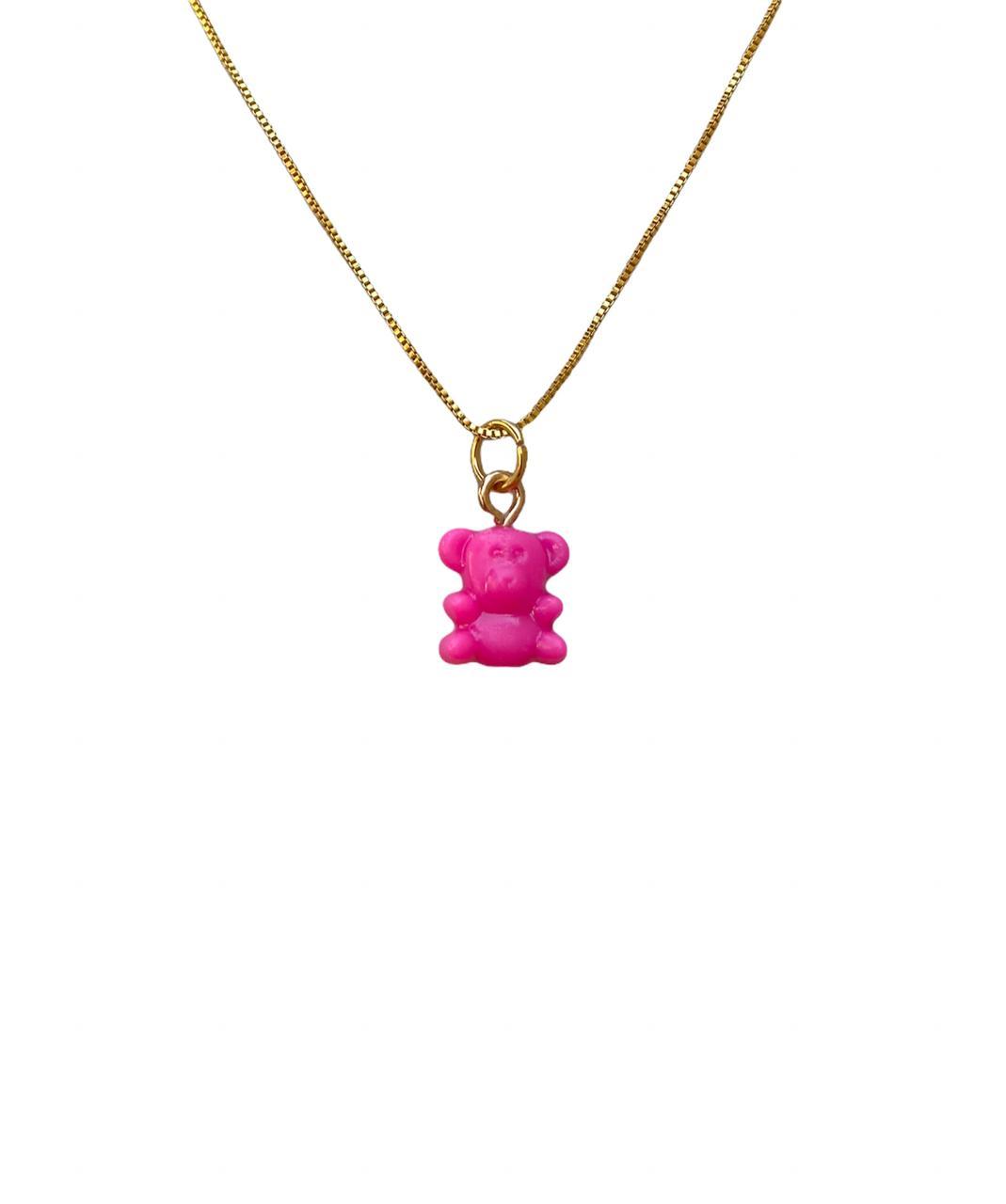 Colar com pingente de urso na cor rosa