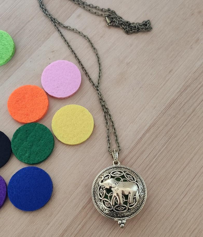 Colar Medalhão Difusor Pessoal Aromaterapia
