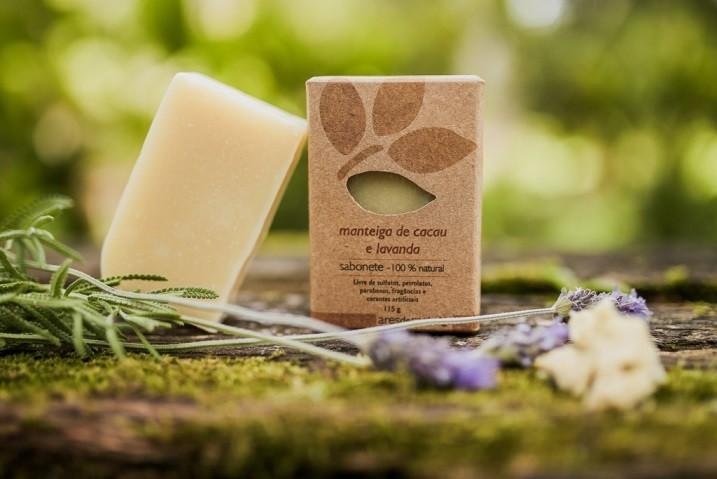 Sabonete manteiga de cacau e lavanda - Pele Normal, Seca e Madura - Facial e Corporal - Ares de Mato