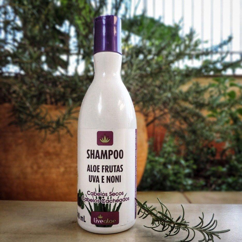 Shampoo Aloe Frutas - 300 ML - LiveAloe - Shampoo  Natural para Cabelos Cacheados ou Secos