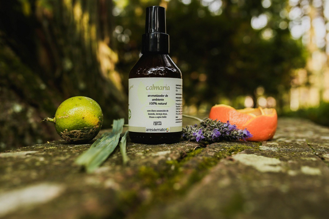 Spray Aromatizador Calmaria - com óleos essenciais - Ares de Mato