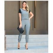 Conjunto Feminino De Blusa E Calça Cinza Claro em  Malha Crepe